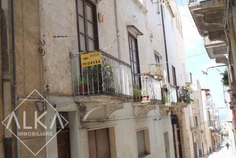 Palazzo Buonarroti Alcamo vendita2015-04-08 13.34.35