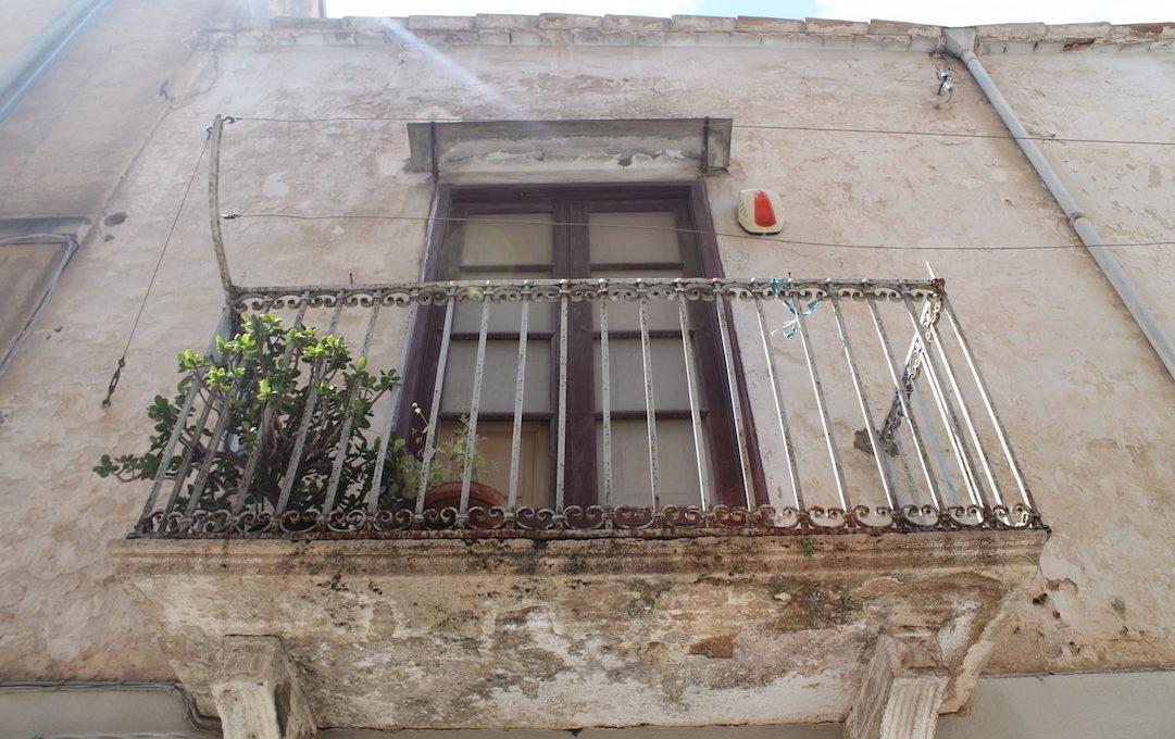 Palazzo Buonarroti Alcamo vendita2015-04-08 13.34.50