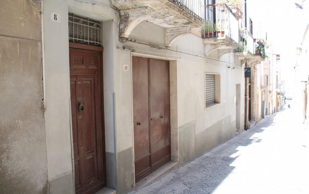 Palazzo Buonarroti Alcamo vendita2015-04-08 13.38.40
