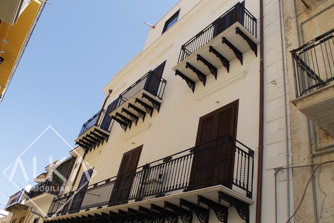 Palazzo Storico Panoramico – Vendita B&B Castellammare del Golfo