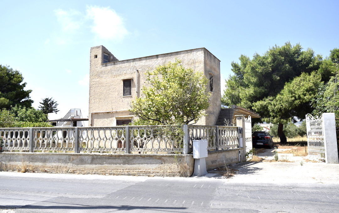 Villa Contrada Molinello Alcamo03 ingresso esternoDSC0142