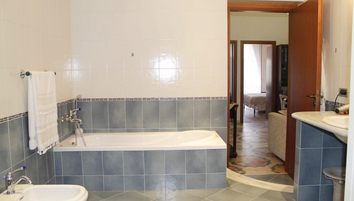 appartamenti castellammare del golfo marconiBagno