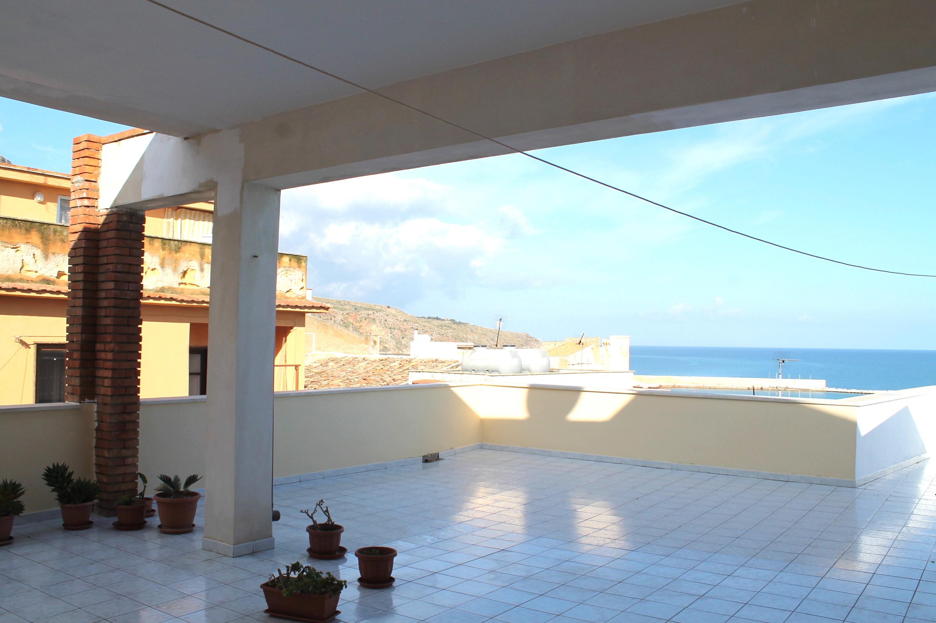 Casa Panoramica in Vendita Castellammare del Golfo – Mq. 400