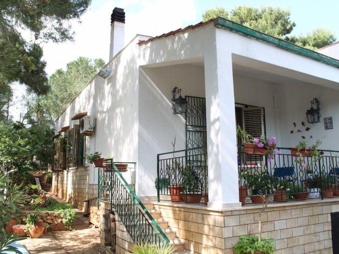 baia guidaloca villa marmora2015 05 22 09.55.49 680x510 - Villa in vendita a Castellammare del Golfo vicinissima alla baia di Guidaloca