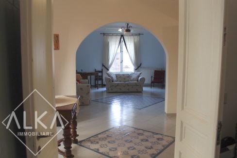 Appartamento del Corso castellammare del golfo 5 cucina ingresso salone