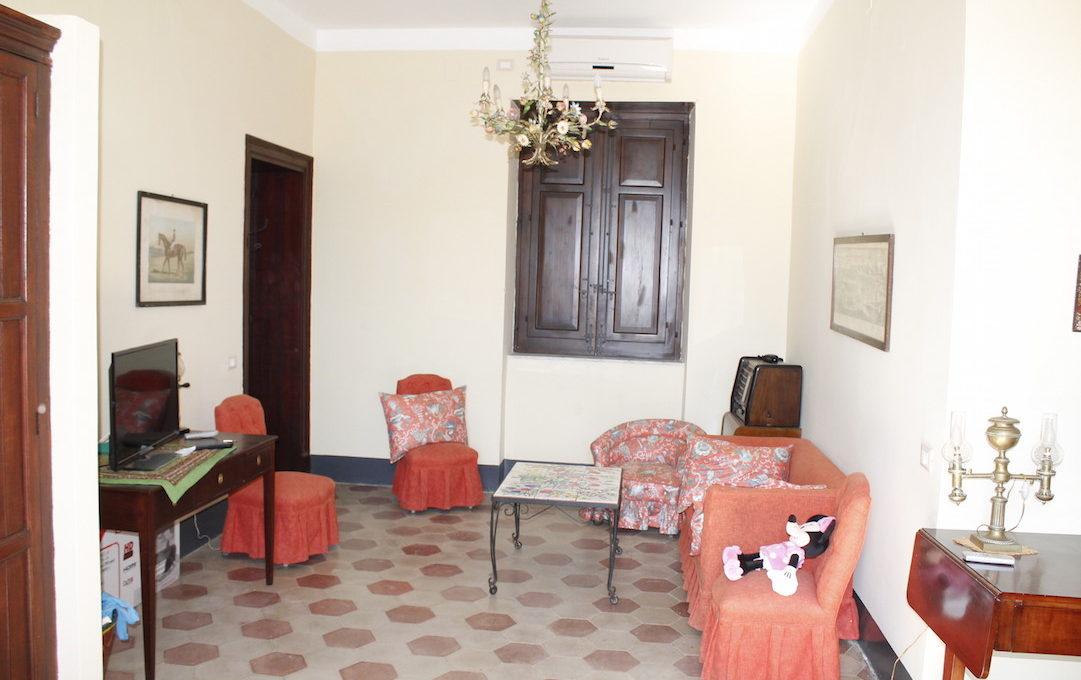 Villa Pratameno Alcamo2015-05-11 16.59.45