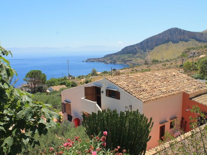 villa vendita san vito lo capo02 1 680x510 - Esclusiva Villa in vendita vista mare - San vito Lo Capo