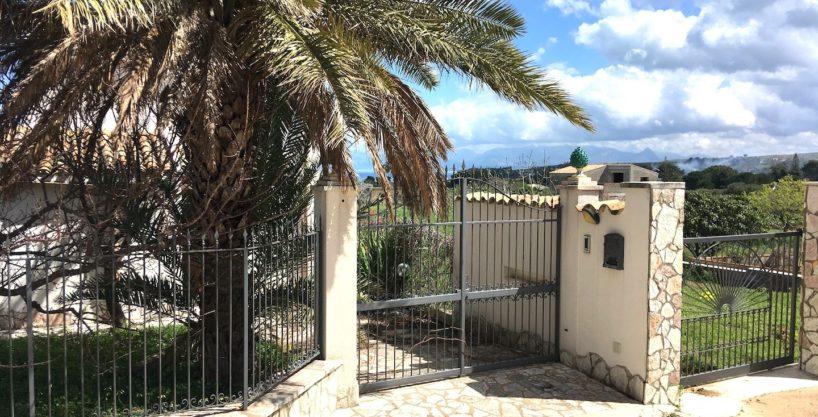 Casa Piano VignazzeIMG 2324 818x417 - Casa in vendita a Scopello - Piano Vignazze