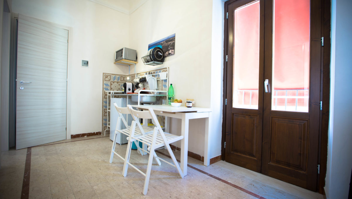 Appartamento1_bed-breakfast-castellammare-del-golfo-vende-13