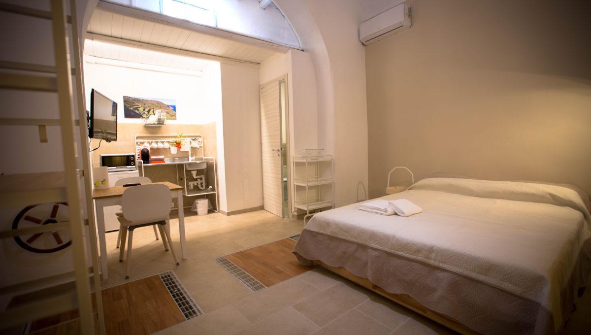 Monolocale1_bed-breakfast-castellammare-del-golfo-vende-21_1