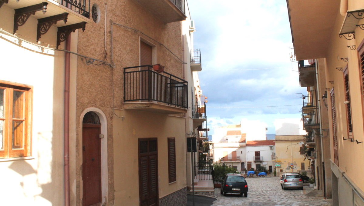 Casa in vendita a Castellammare del Golfo vicino al Porto turisticoIMG_0314