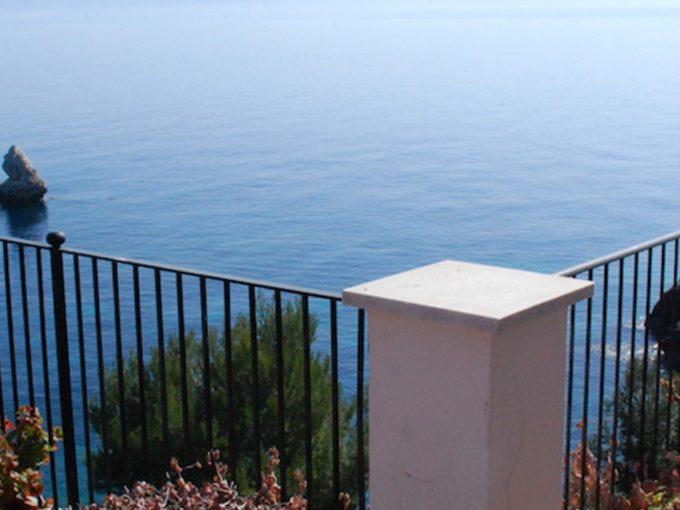 villa vela alkaimmobiliare 1 680x510 - Prestigiosa Villa sul Mare in vendita a Scopello