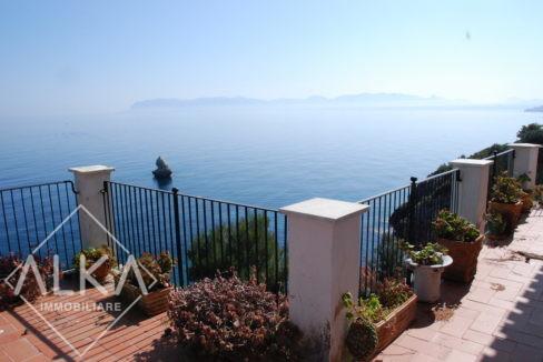 villa velaCastellammare del Golfo01. vista dalla terrazza golfo di castellammare