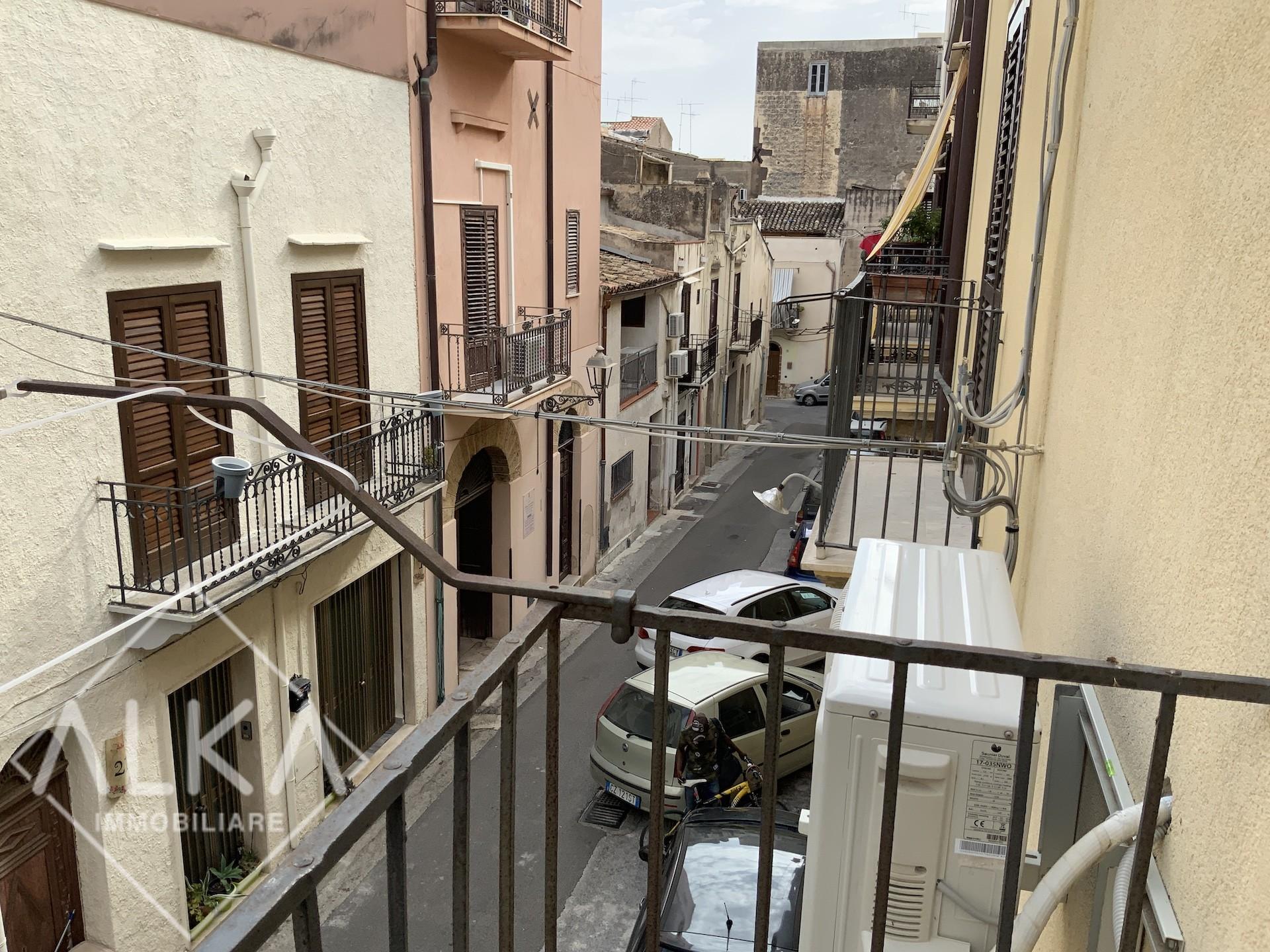 Casa in vendita a Castellammare del Golfo – vicino Villa Margherita