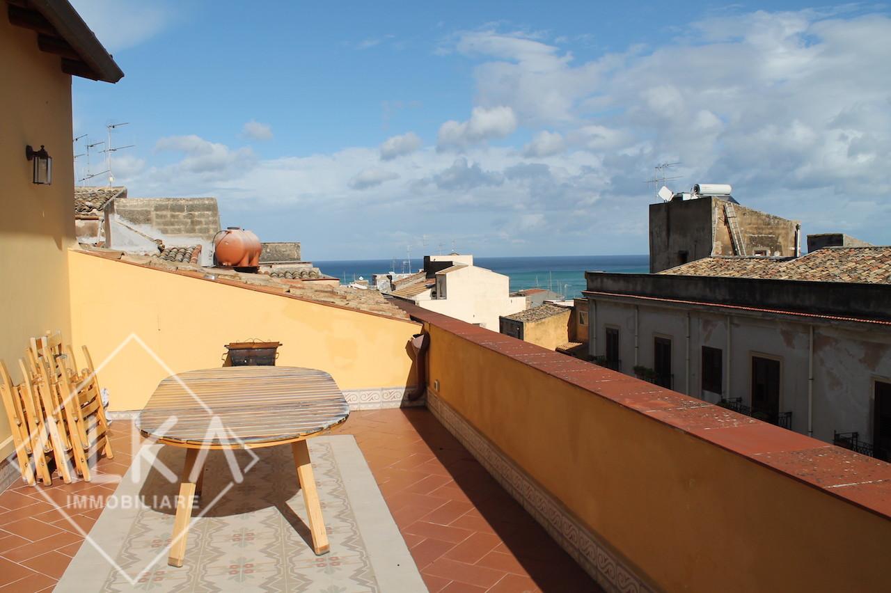 Appartamento in vendita in centro Castellammare del Golfo – Corso Garibaldi